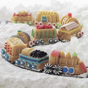 Vanilla Train Cake