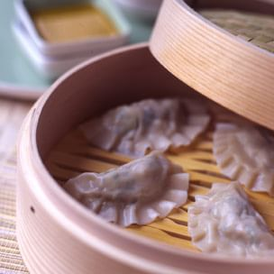 Healthful Cooking in a Bamboo Steamer