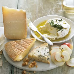 Simple to Serve: Artisanal Cheeses