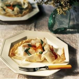 Parchment-Baked Scallops and Asparagus
