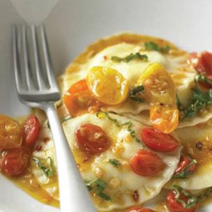 Cheese Ravioli with Cherry Tomato Sauce