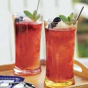 Frozen Lemonade with Blackberry Puree