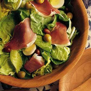 Green Salad with Serrano Ham and Tomato Vinaigrette