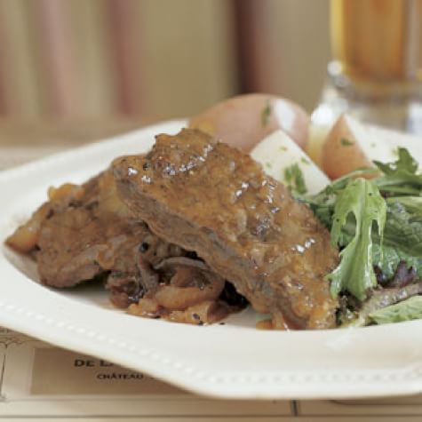 Beef and Onions Braised in Beer<br>[Carbonnades &#224; la Flamande]