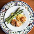 Seared Scallops with Spicy Aioli