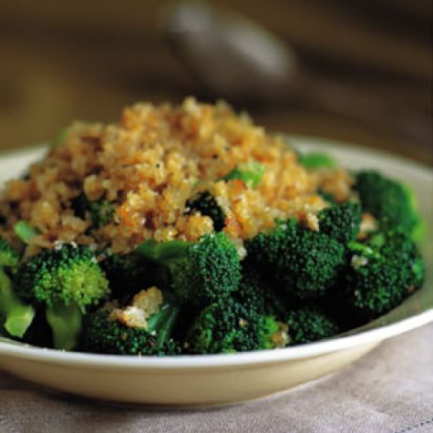Broccoli with a Crunchy Crumb Topping