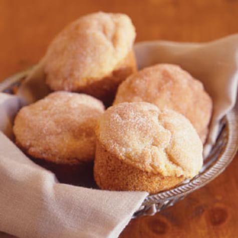 Cinnamon-Buttermilk Muffins