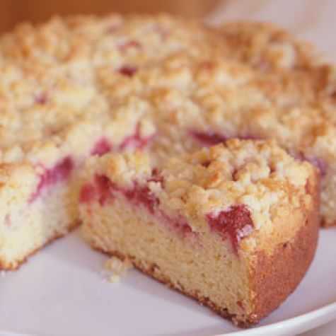 Fresh Raspberry-Sour Cream Crumb Cake