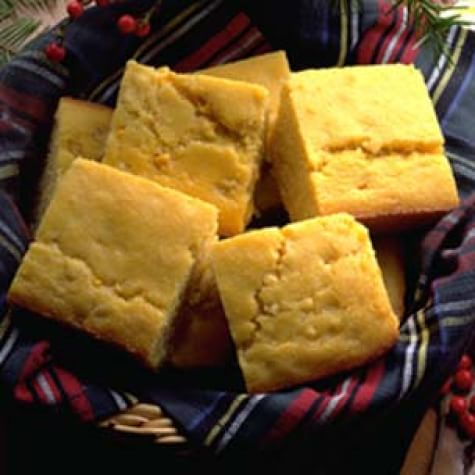 Chipotle Corn Bread with Cheddar Cheese and Green Onions