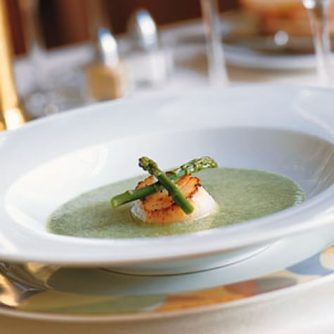 Creamy Asparagus Soup with Seared Scallops