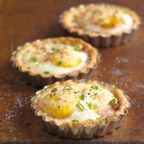Ham and Egg Breakfast Tarts