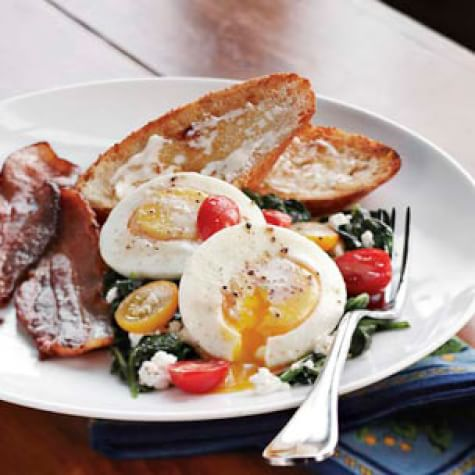 Poached Eggs with Spinach & Ricotta | Williams Sonoma