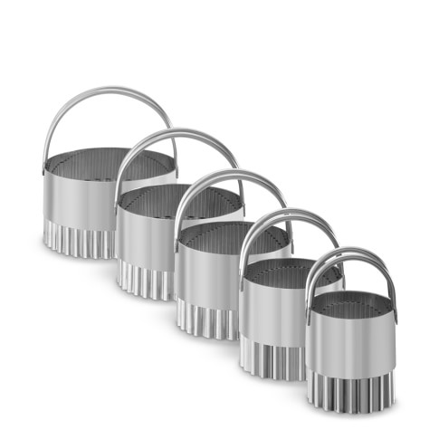Fluted Biscuit Cutters, Set of 5