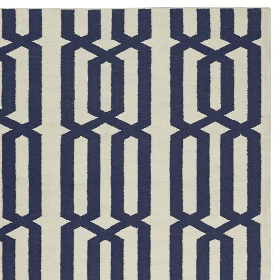 Graphic Link Indoor/Outdoor Rug Swatch, Dress Blue / Egret