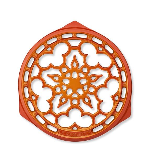 Le Creuset Heritage Cast-Iron Deluxe Round Trivet, 9