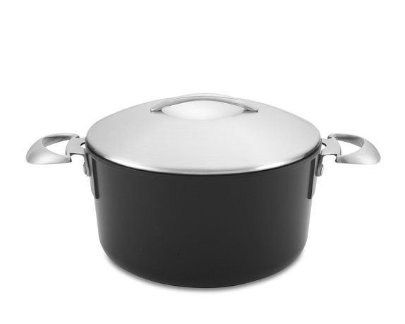 Scanpan Professional Nonstick Dutch Oven, 4-Qt.