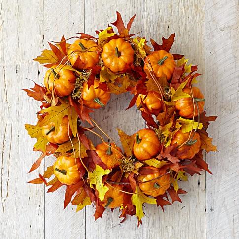 Maple Leaf Pumpkin Wreath