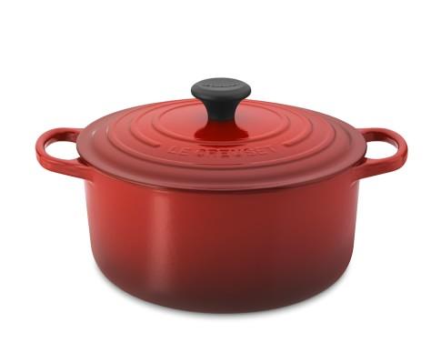 Le Creuset Signature Cast-Iron Round Dutch Oven, 5 1/2-Qt., Red