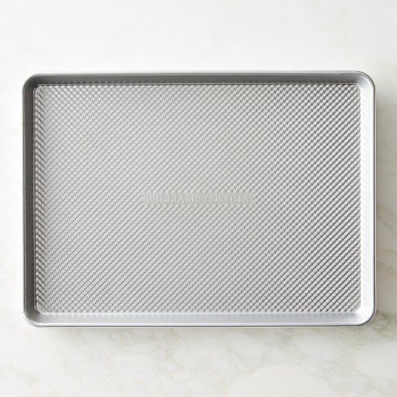 Williams-Sonoma Traditionaltouch Half Sheet Pan