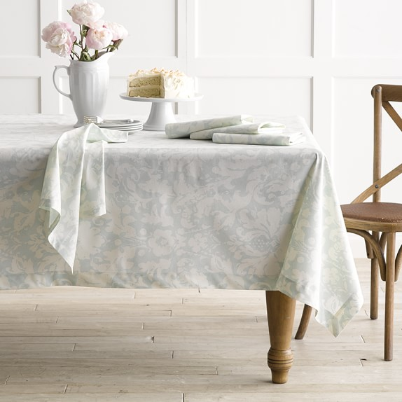 Painterly Damask Tablecloth, 70