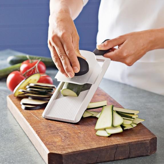 OXO Handheld Flat Slicer
