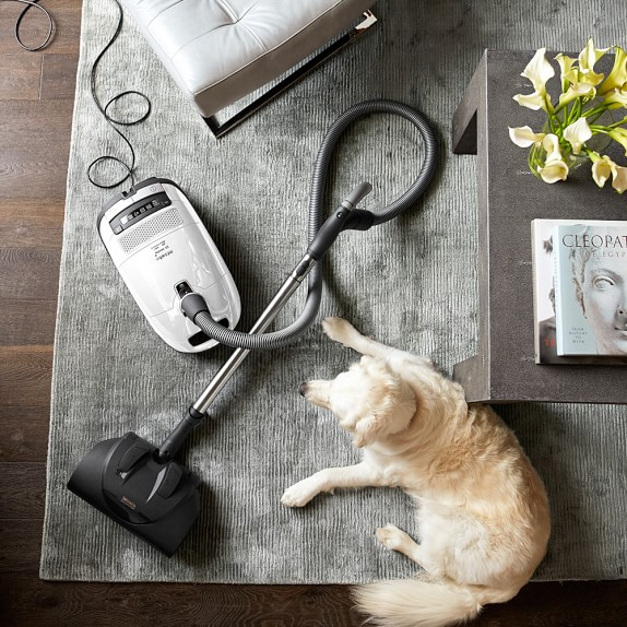 Miele complete c3 cat dog vacuum williams sonoma for Miele cat dog