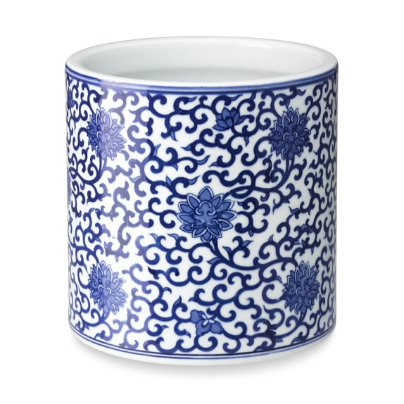 blue and white cachepot vine motif williams sonoma. Black Bedroom Furniture Sets. Home Design Ideas