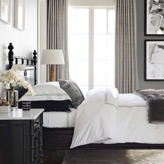 Hotel bedding williams sonoma for Hotel style comforter