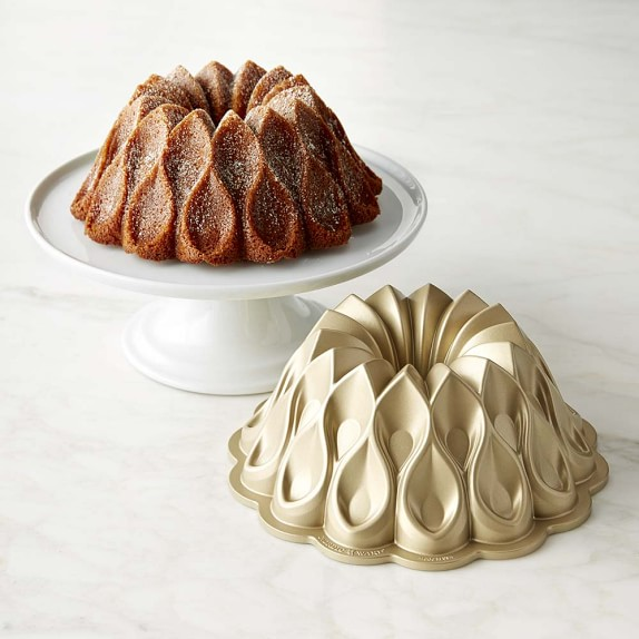 Crown Bundt Cake Pan