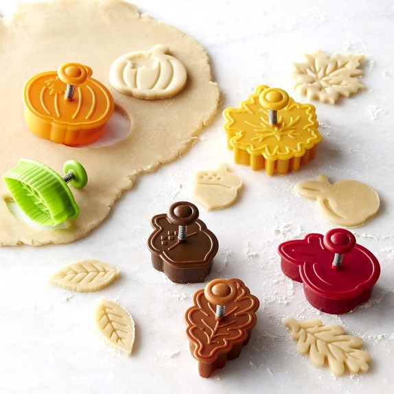 Williams Sonoma Ultimate Fall Piecrust Cutters, Set of 6