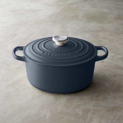 Le Creuset Signature Cast Iron Matte Round Dutch Oven