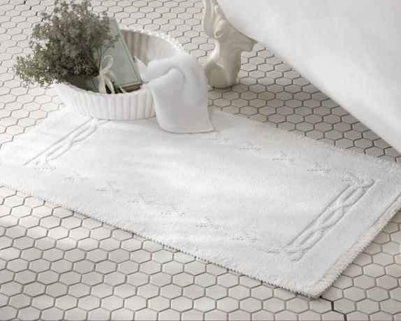 Chambers® Heritage Solid Bath Rug, White
