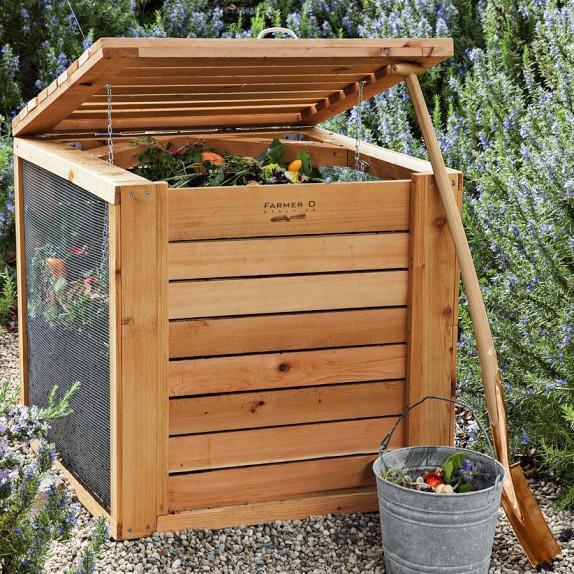 Farmer D Cedar Composter