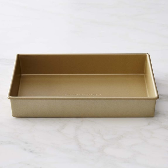 "Williams Sonoma Goldtouch® Nonstick Rectangular Cake Pan, 9"" x 13"""
