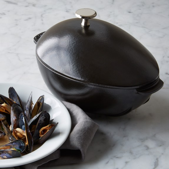 Staub Cast-Iron Mussel Pot, Black